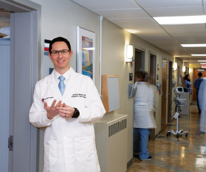 Orthopedic hand surgeon Dr. Jonathan Macknin treats traumatic injuries and other conditions from the elbow to the fingertips