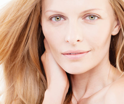 Dr. Laurel's PRP Bar offers a revolutionary way to lift skin on the neck and at the jawline instantly