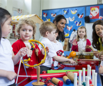 What are the benefits of Kindermusik classes?