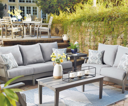 It's still patio season at NEFD with their packed warehouses and huge assortments of stunning outdoor, solarium and 4-season room furniture