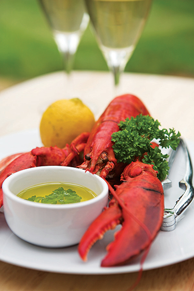 lobster-w-butter-1017.jpg?mtime=20171016141340#asset:120075