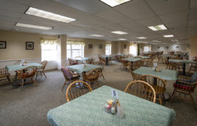 Chippewa Place 6 Dining Area