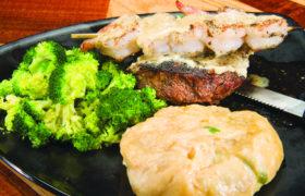 Musketeers Bar Grill 8 Steak